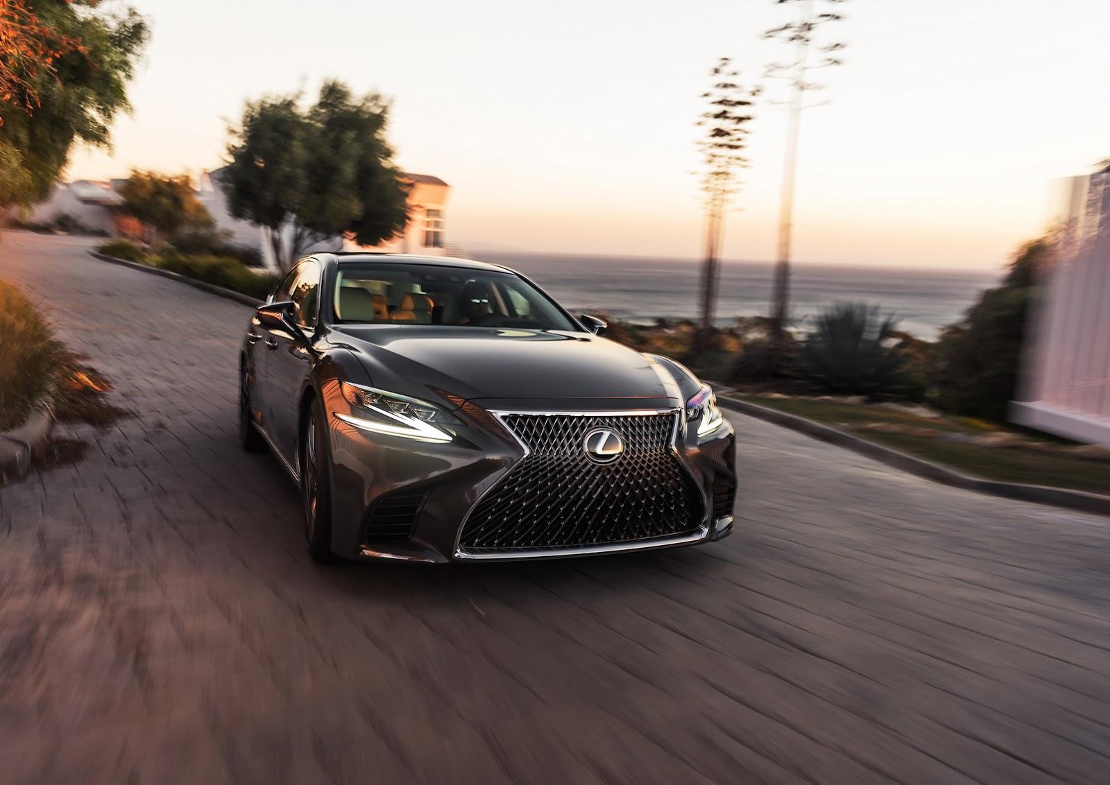 Lexus LS 2018 (10)
