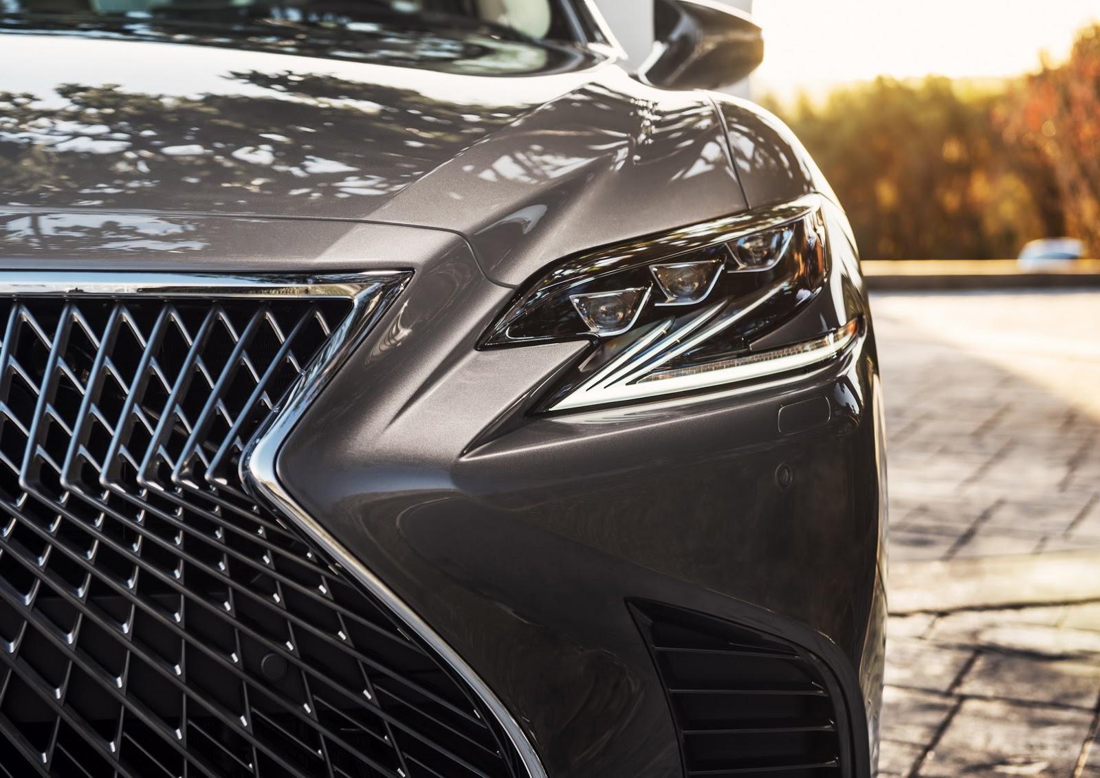 Lexus LS 2018 (12)