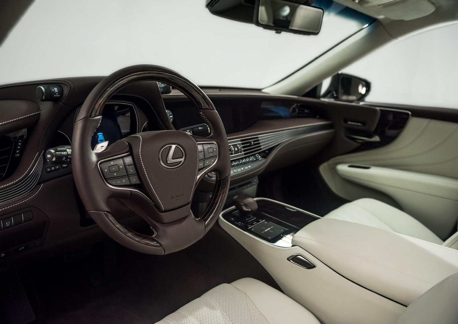 Lexus LS 2018 (17)