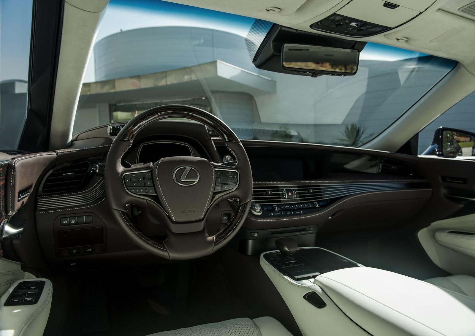 Lexus LS 2018 (18)