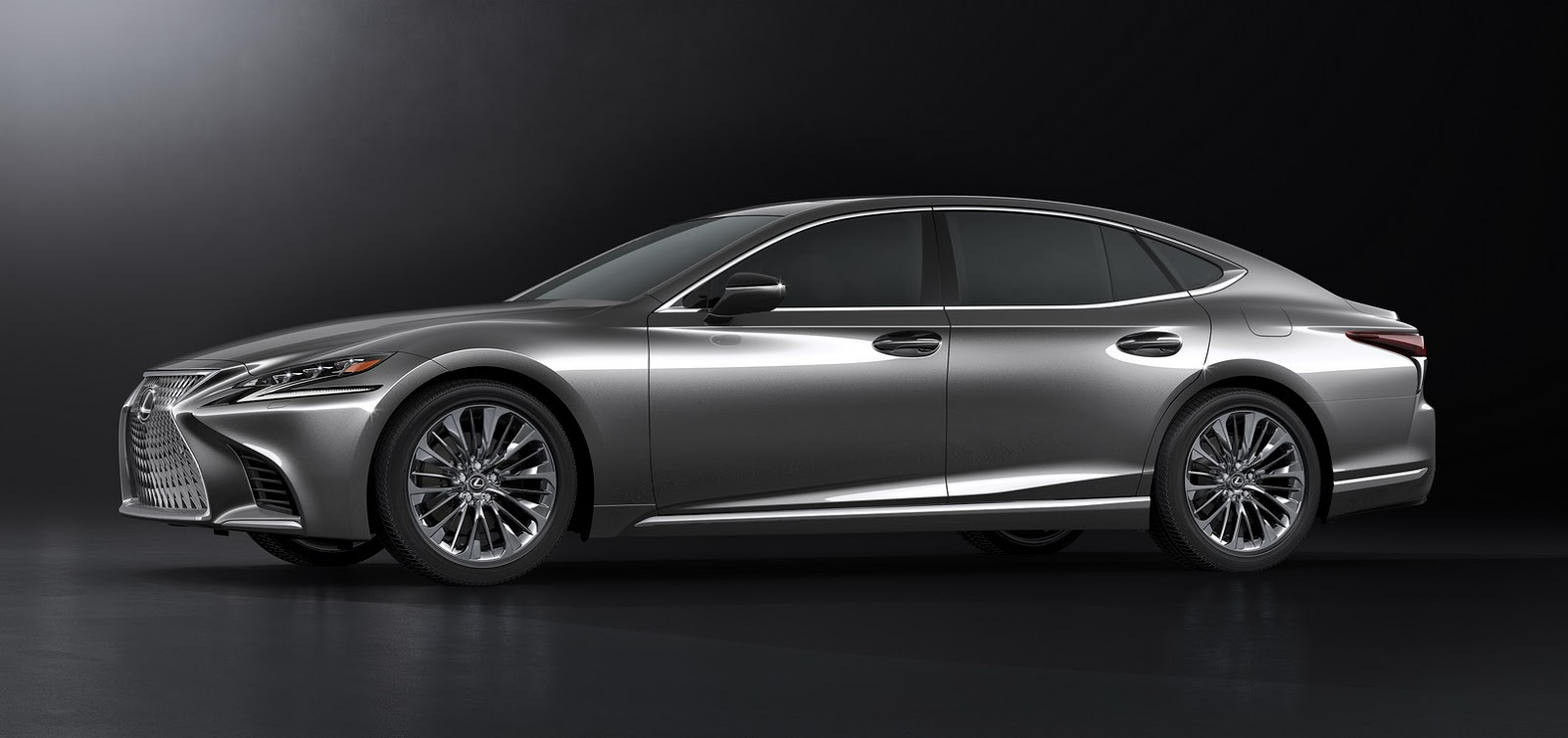 Lexus LS 2018 (50)