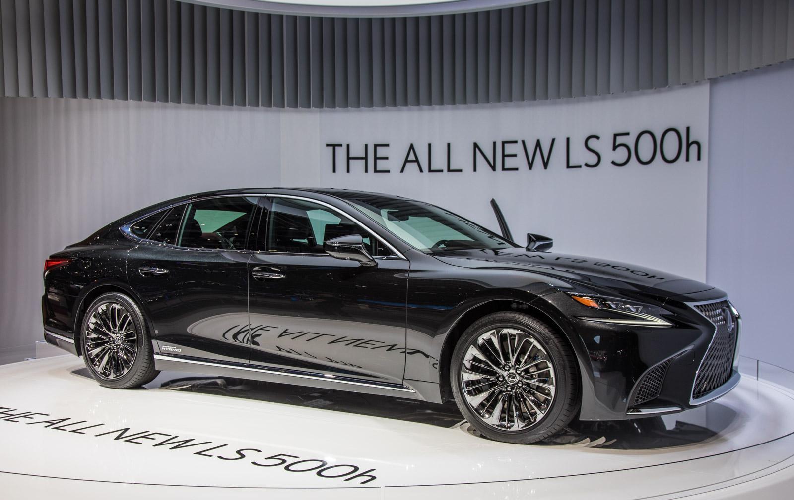 Lexus-LS-001