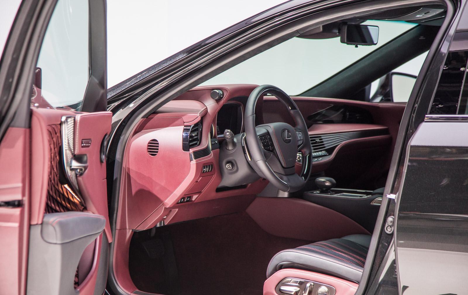 Lexus-LS-002