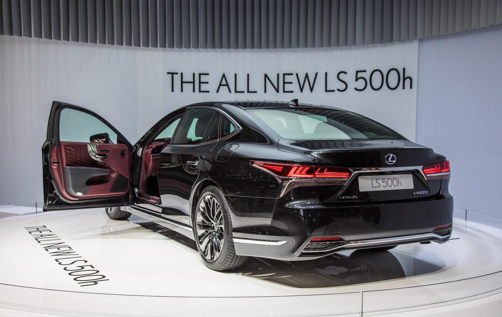 Lexus-LS-003