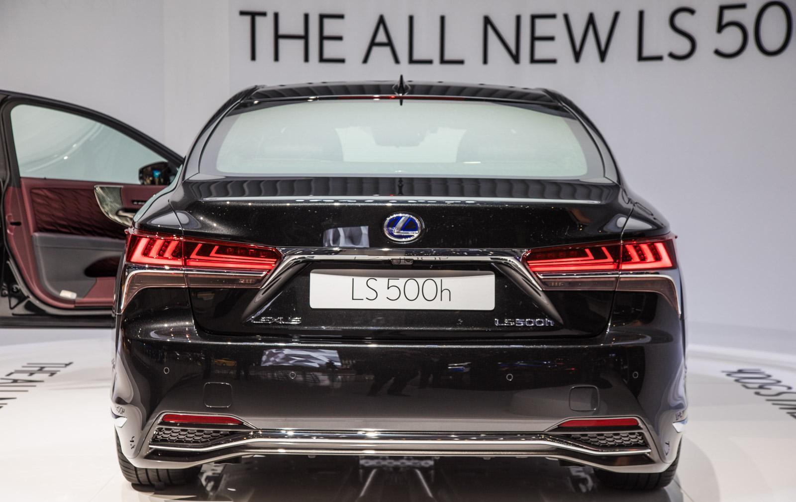 Lexus-LS-004