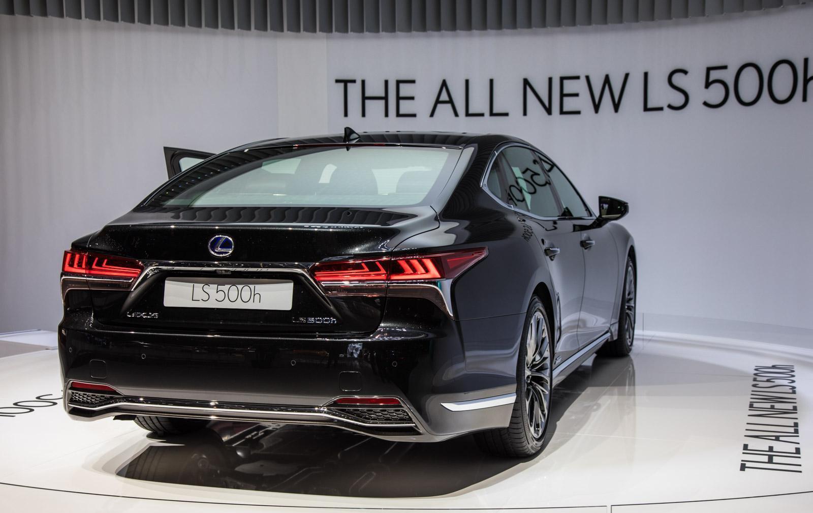 Lexus-LS-005