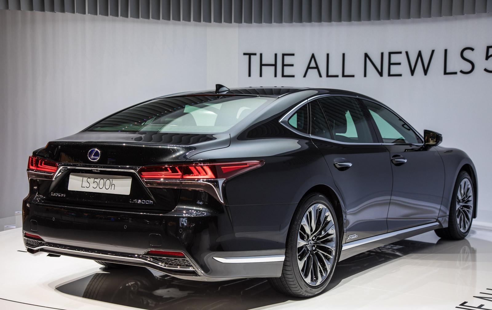 Lexus-LS-006