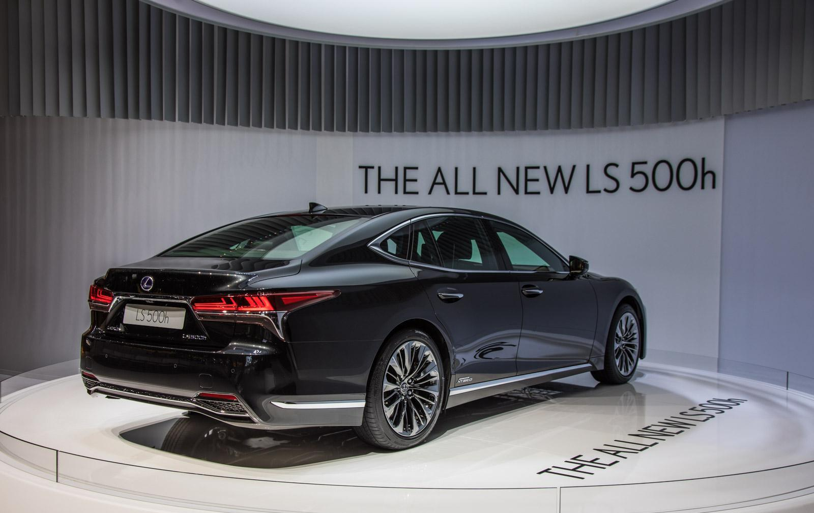 Lexus-LS-007