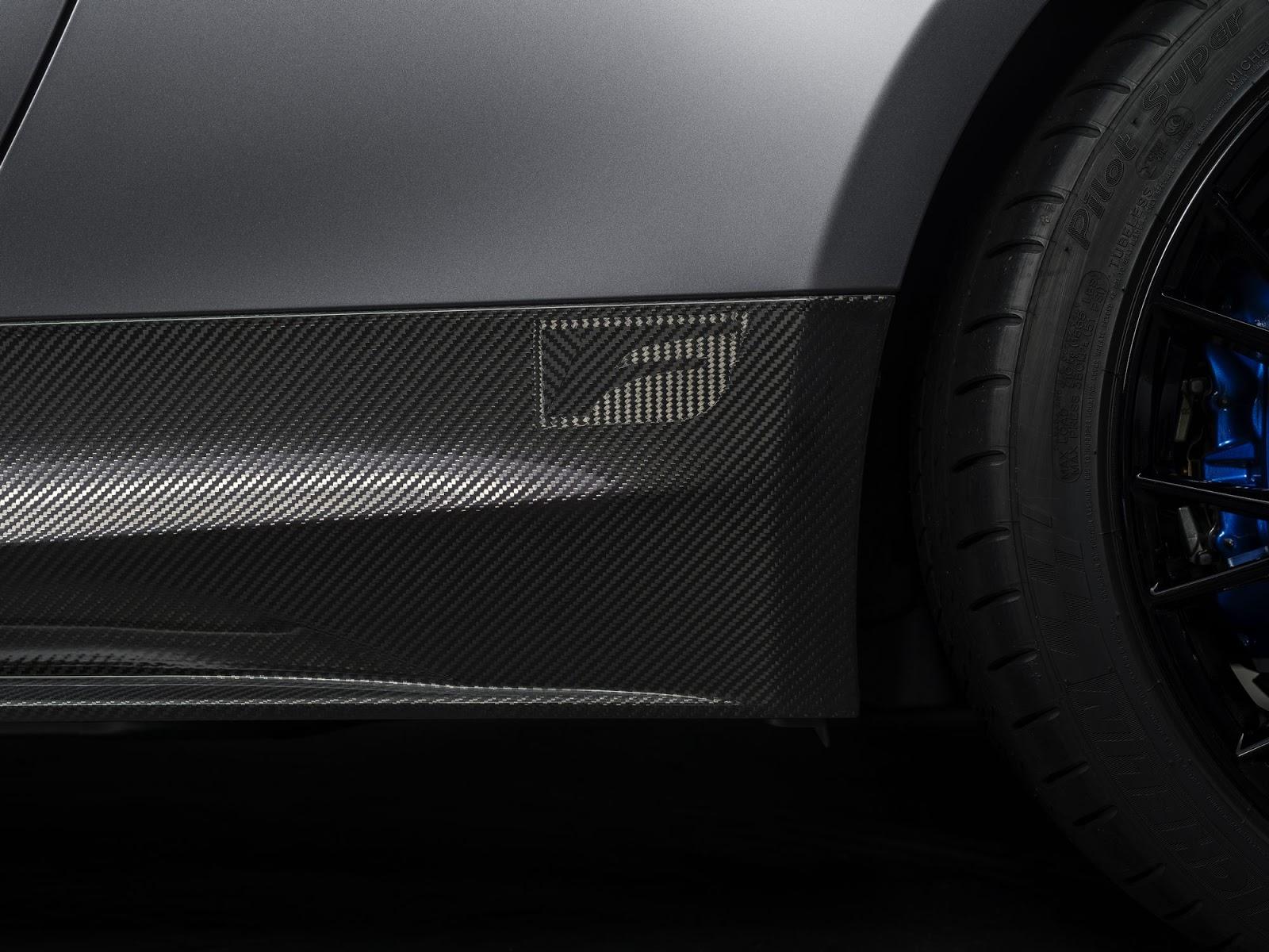 Lexus-RC-F-GS-F-Tokyo-11