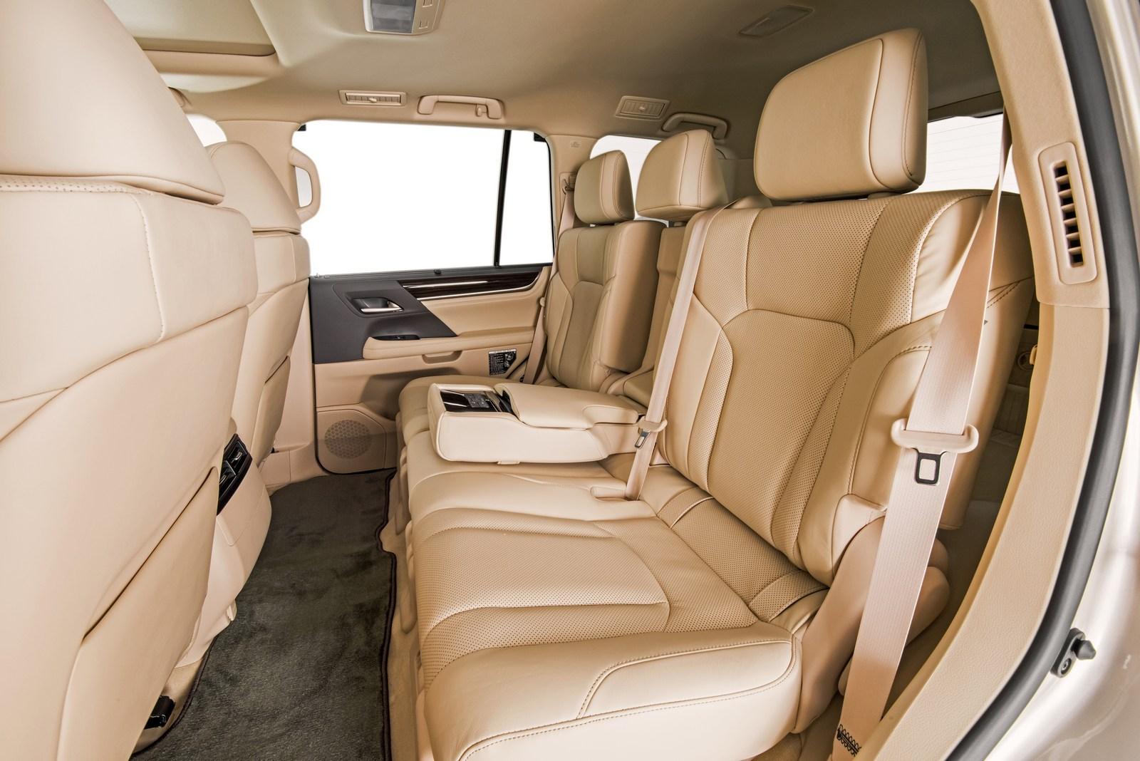 Lexus LX 570 2018 (7)