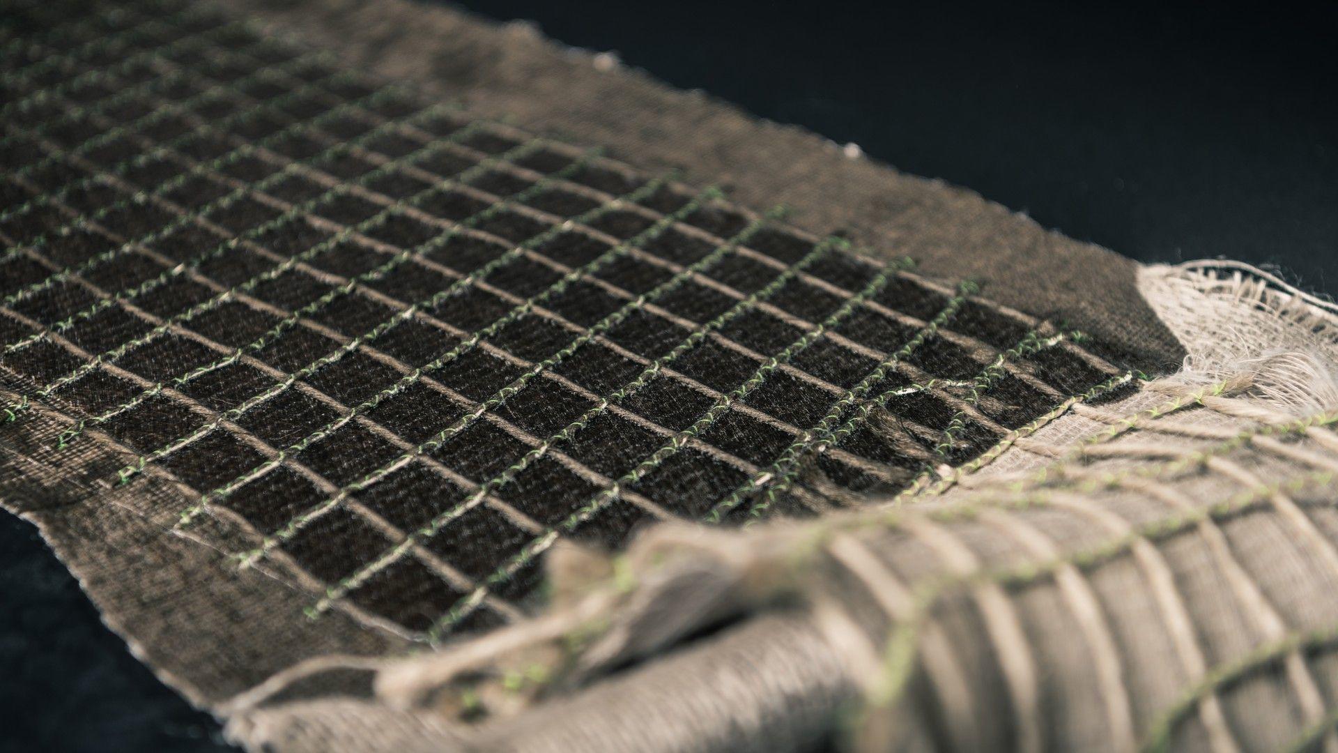 lina-bio-composite-car (8)