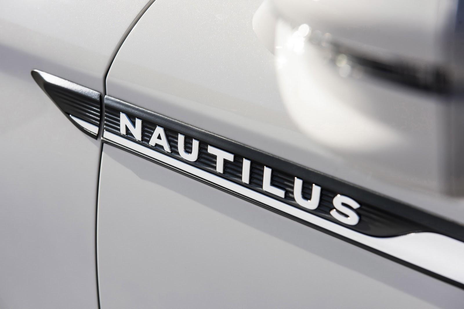 2019-Lincoln-Nautilus-5