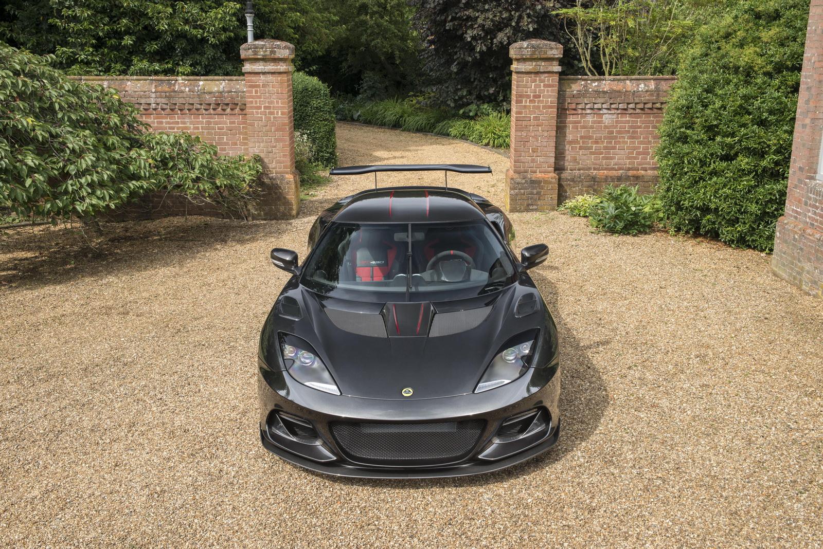 Lotus-Evora-GT430-03
