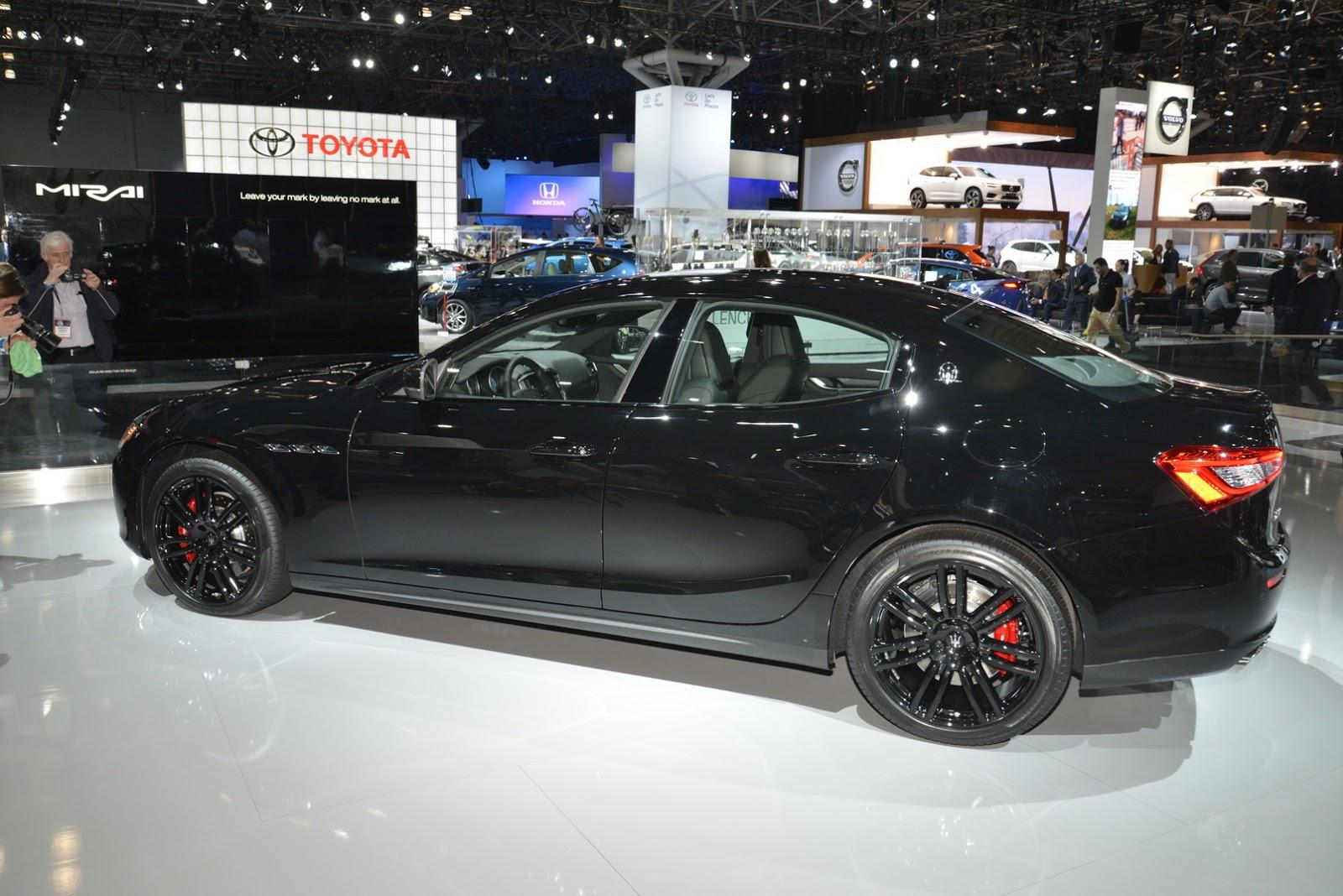 Maserati Ghibli Nerissimo (4)