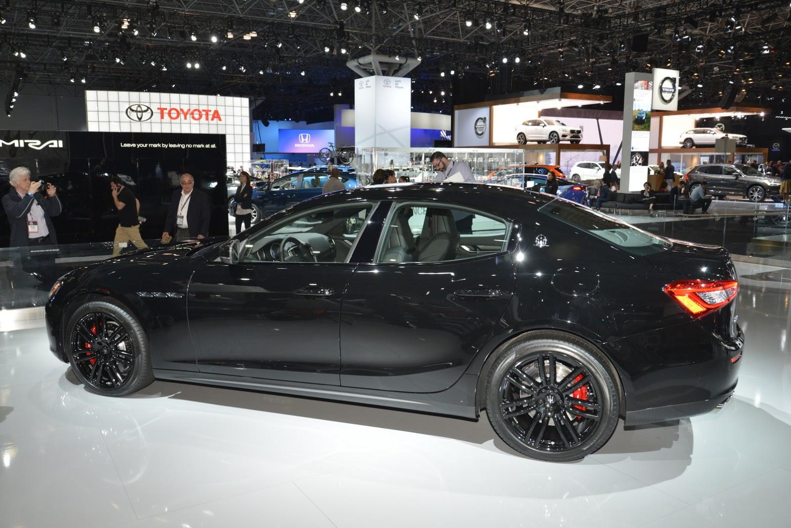 Maserati Ghibli Nerissimo (5)