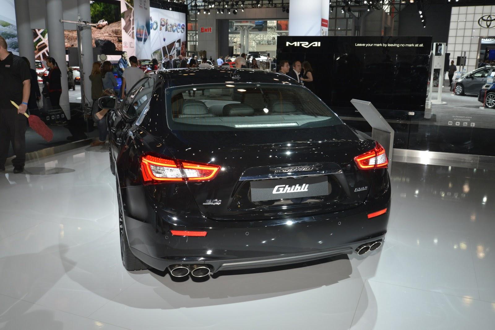 Maserati Ghibli Nerissimo (8)