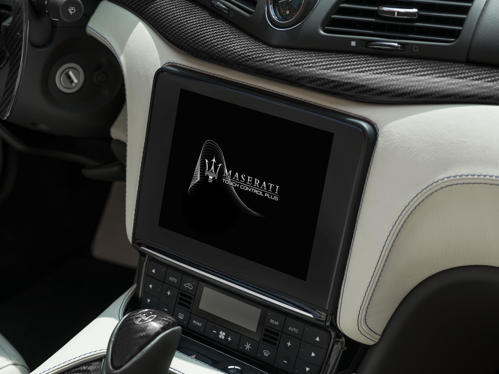 Maserati GranTurismo GranCabrio 2018 (12)