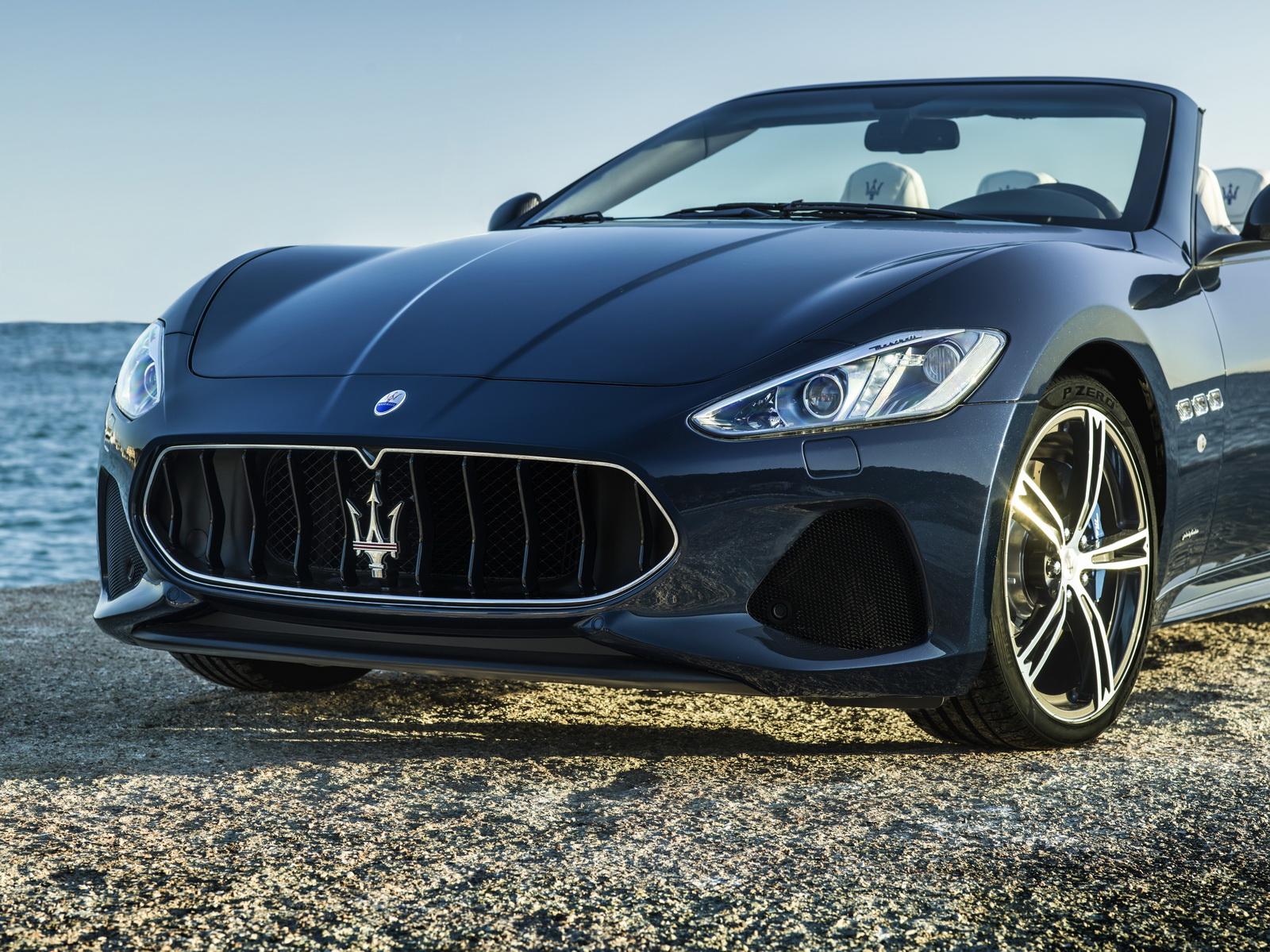 Maserati GranTurismo GranCabrio 2018 (18)