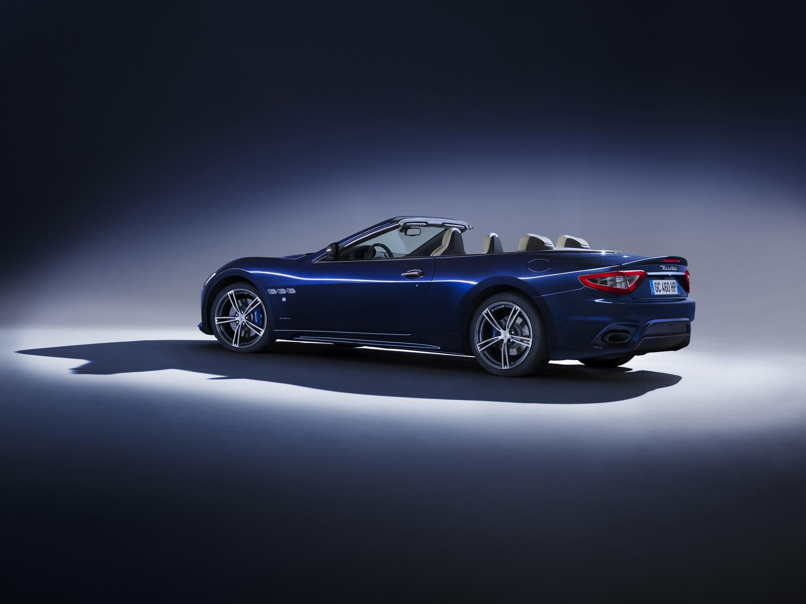 Maserati GranTurismo GranCabrio 2018 (23)