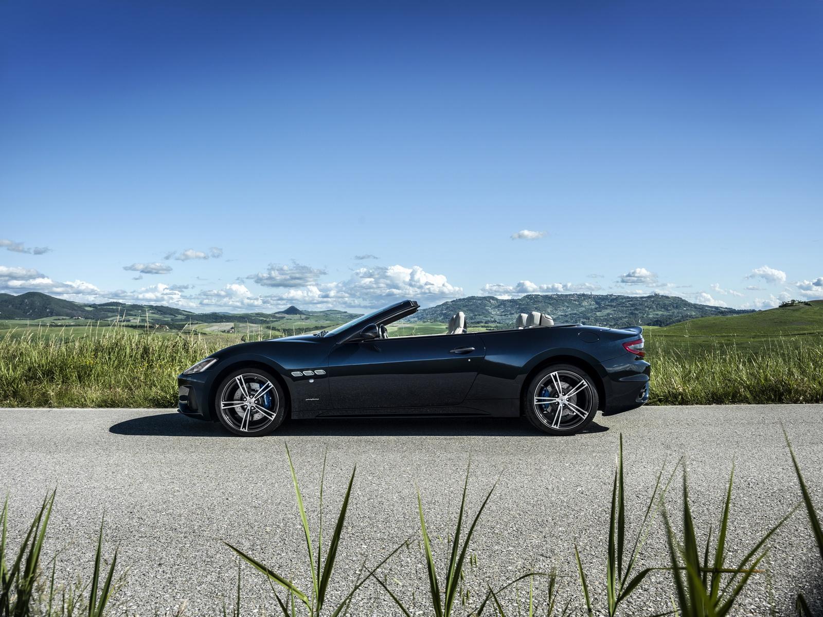 Maserati GranTurismo GranCabrio 2018 (26)