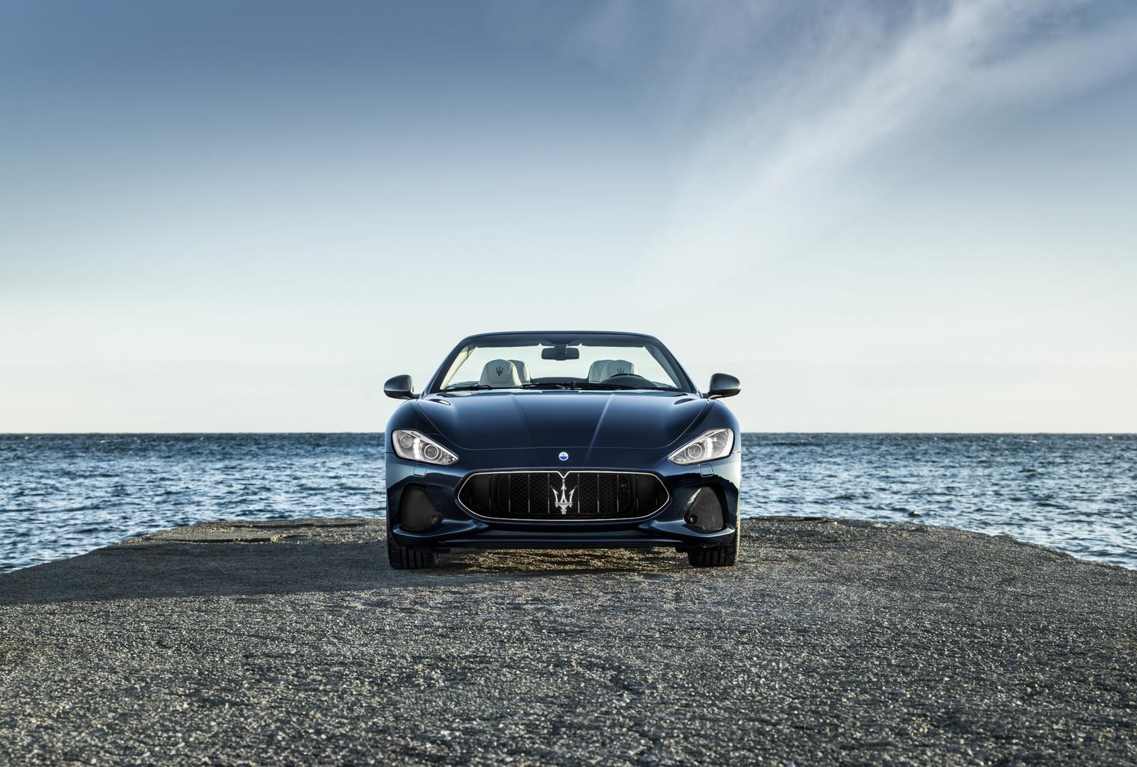 Maserati GranTurismo GranCabrio 2018 (27)