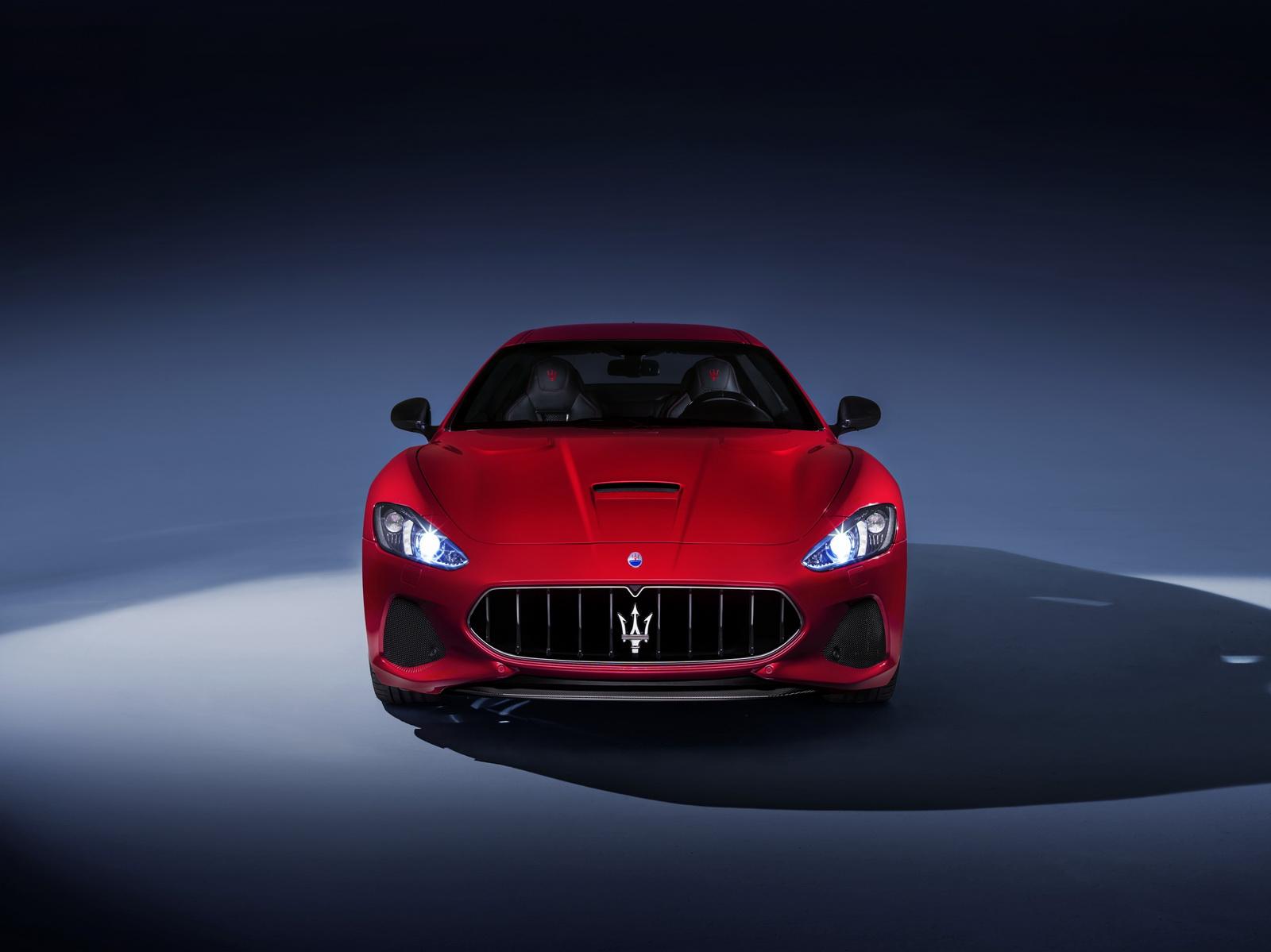 Maserati GranTurismo GranCabrio 2018 (30)