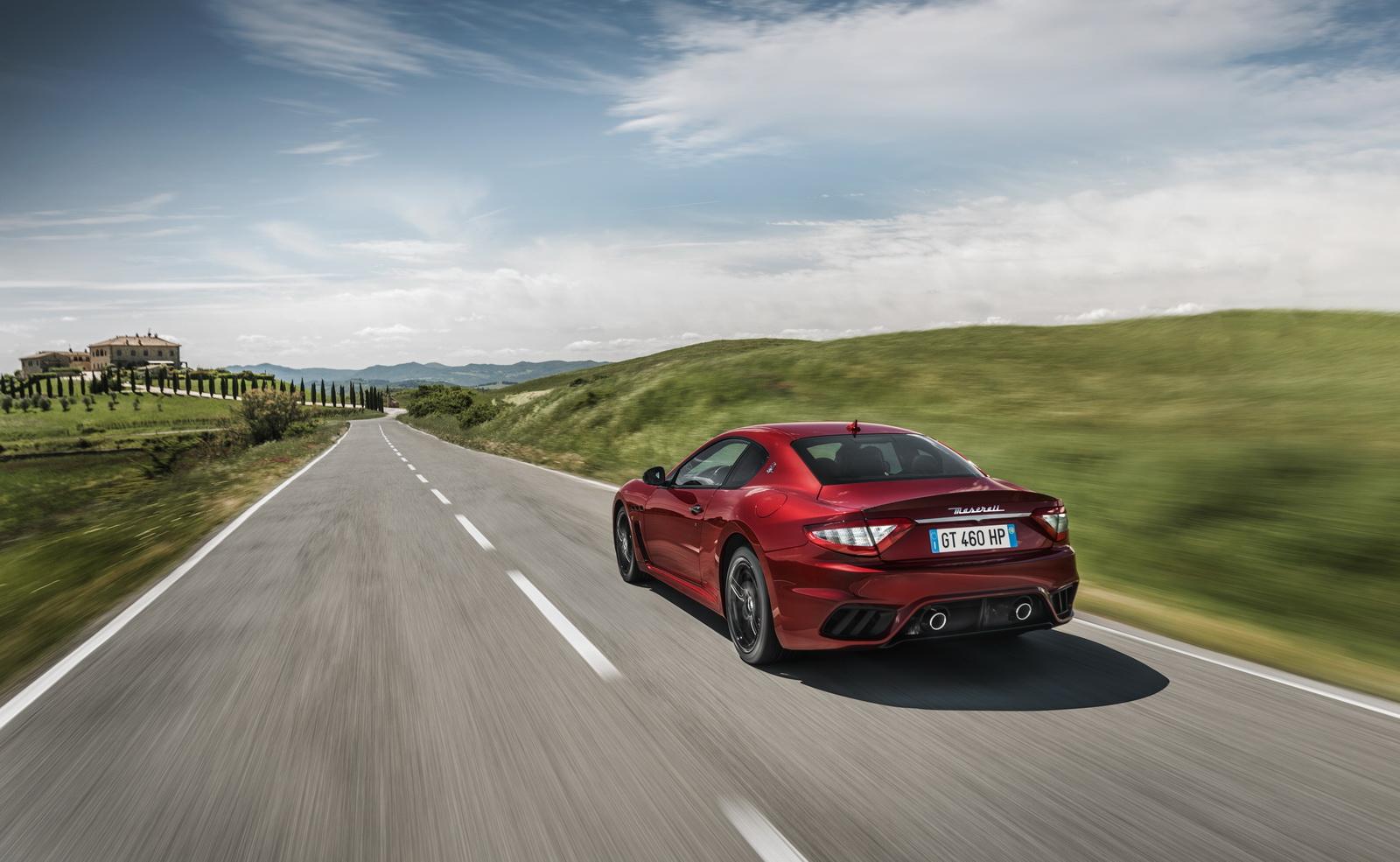 Maserati GranTurismo GranCabrio 2018 (4)