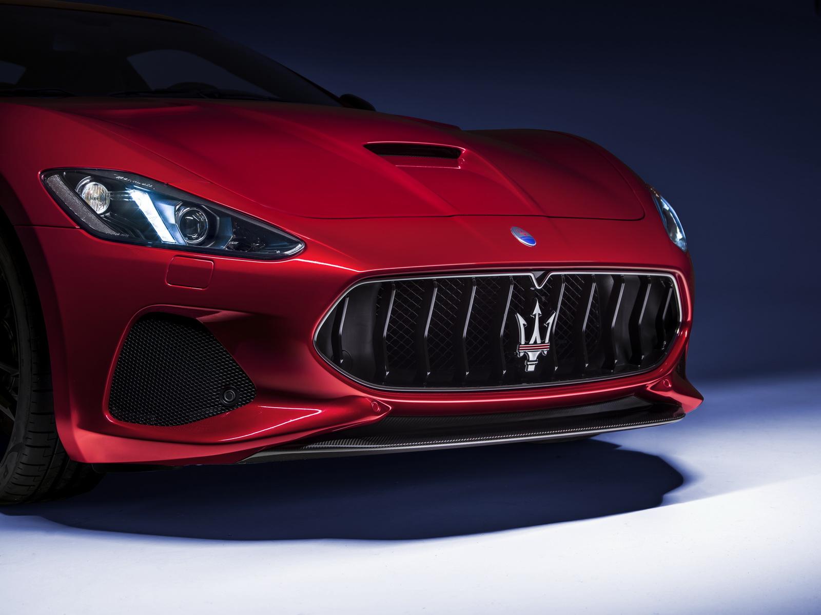 Maserati GranTurismo GranCabrio 2018 (44)
