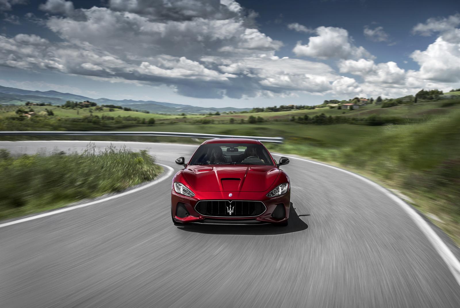 Maserati GranTurismo GranCabrio 2018 (6)