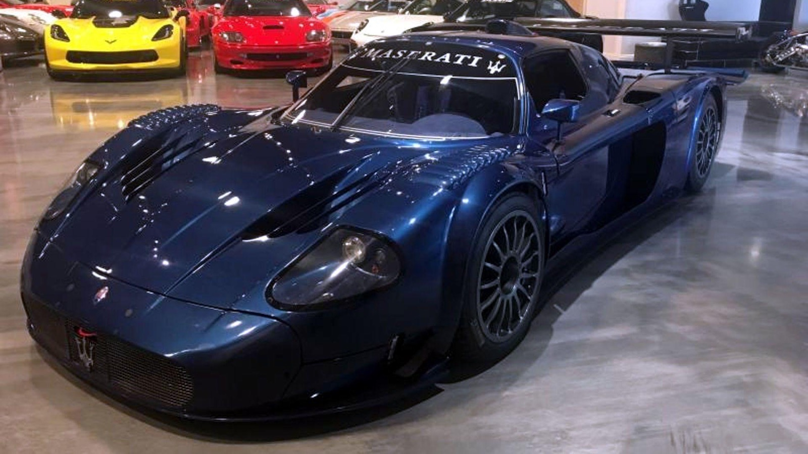 2006_Maserati_MC12_Corsa_05