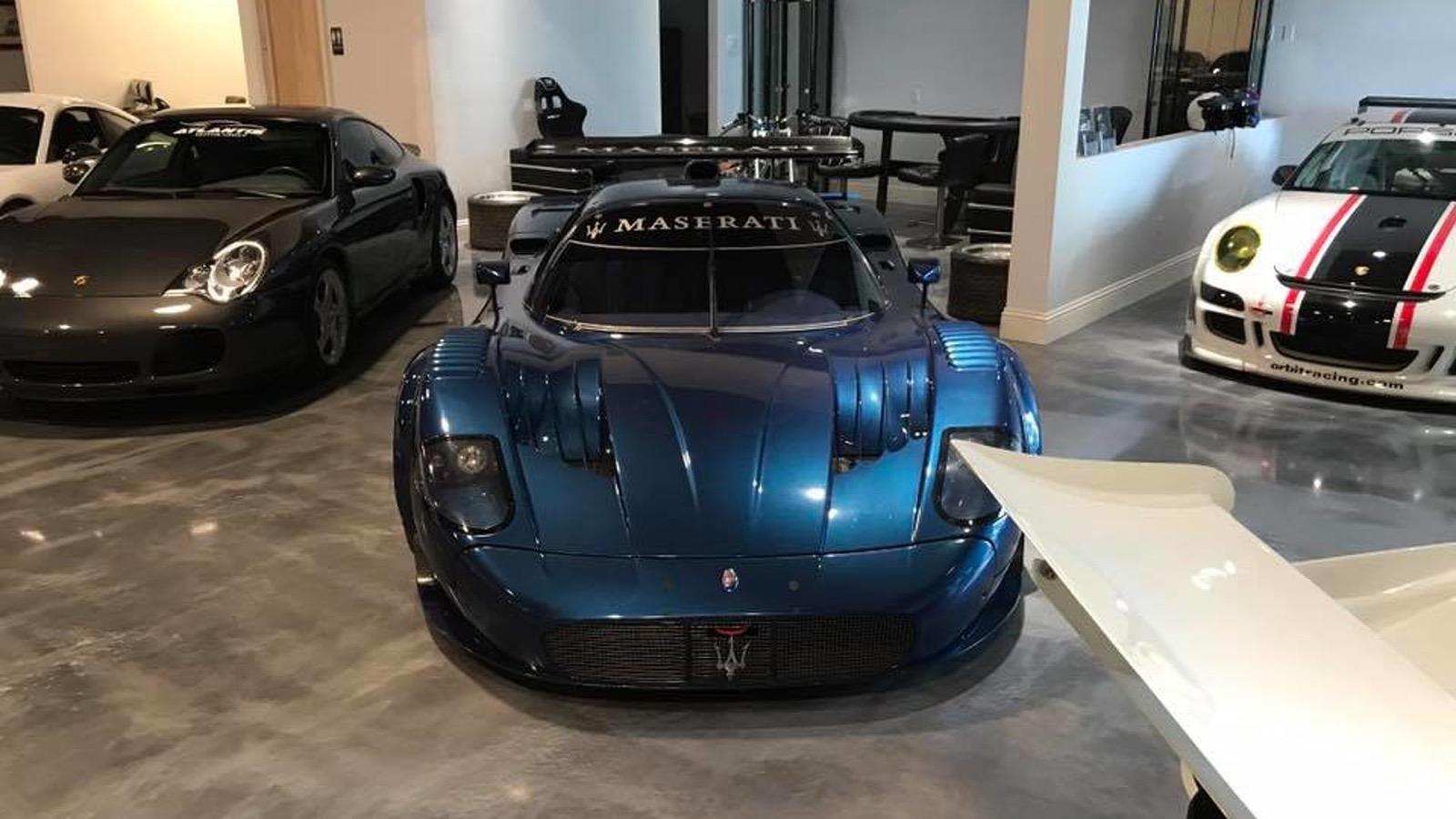 2006_Maserati_MC12_Corsa_25