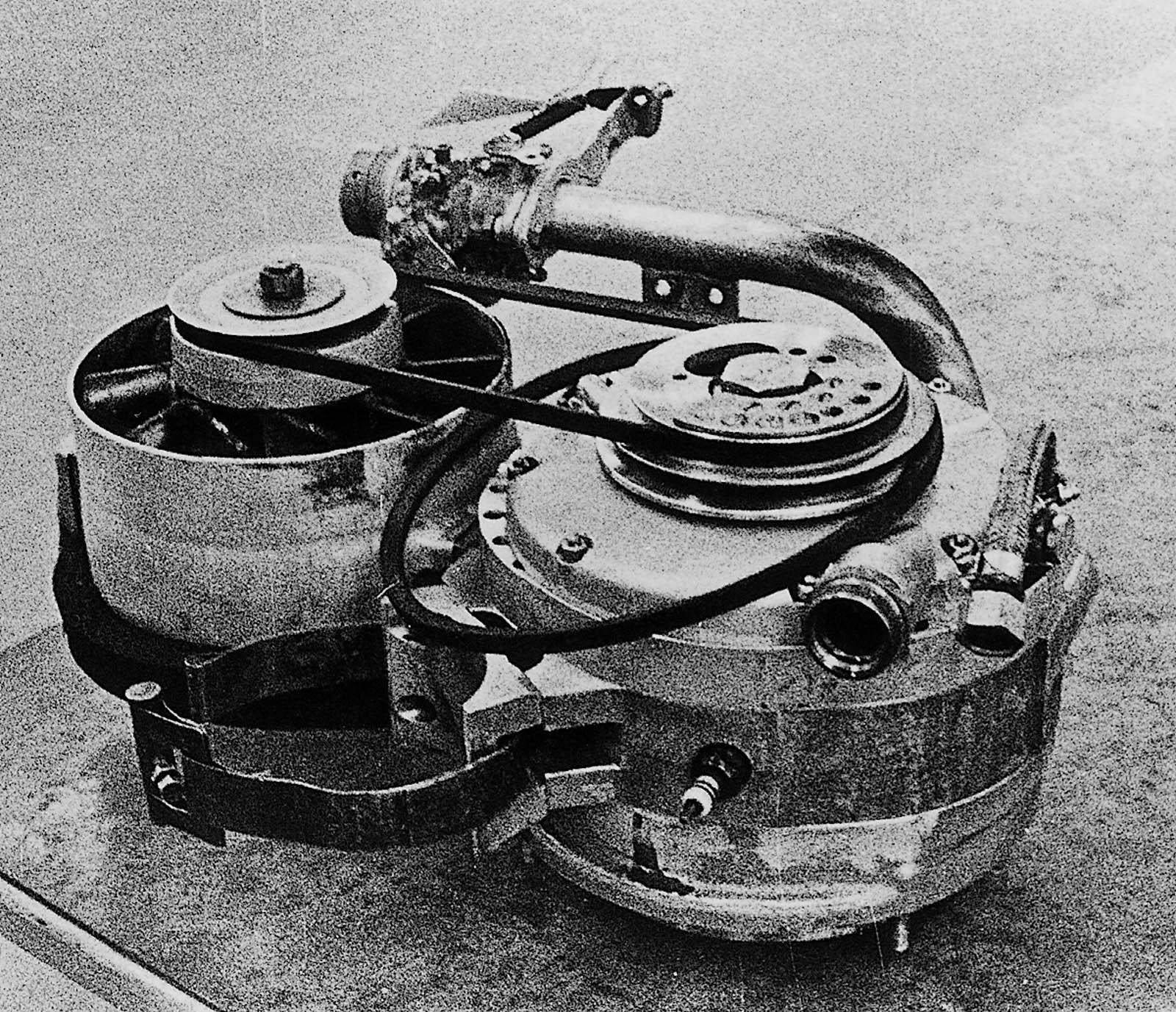 Mazda-50-years-of-rotary-p09_03