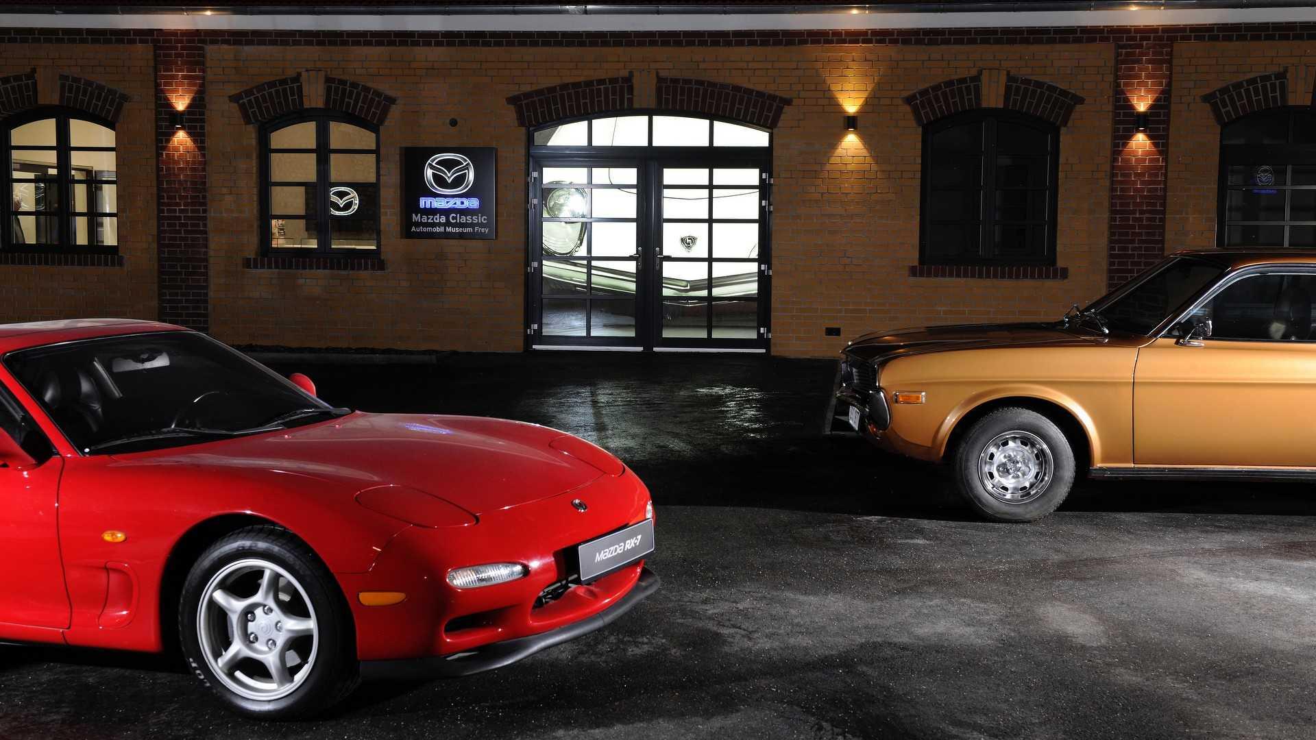 Mazda_classic_car_museum_03