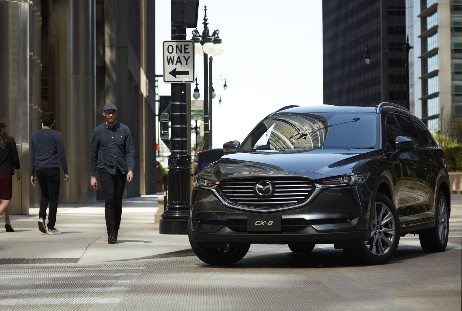 Mazda-CX-8-32