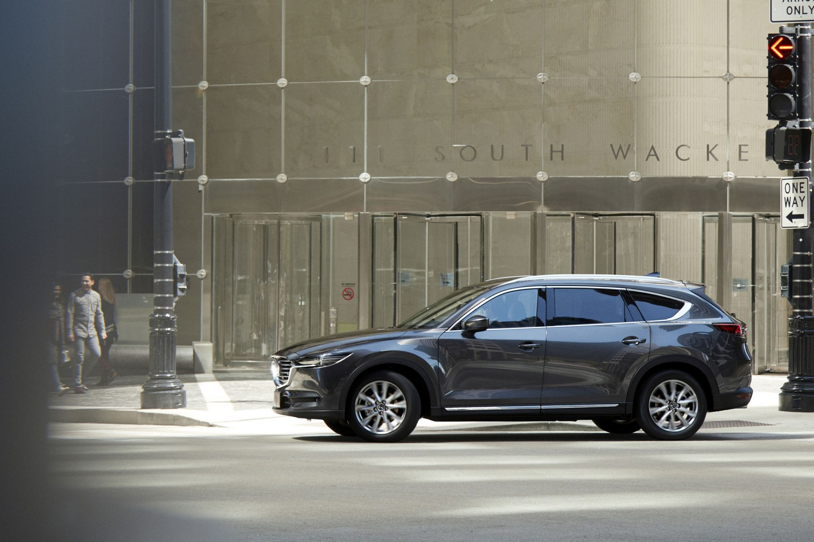 Mazda-CX-8-47