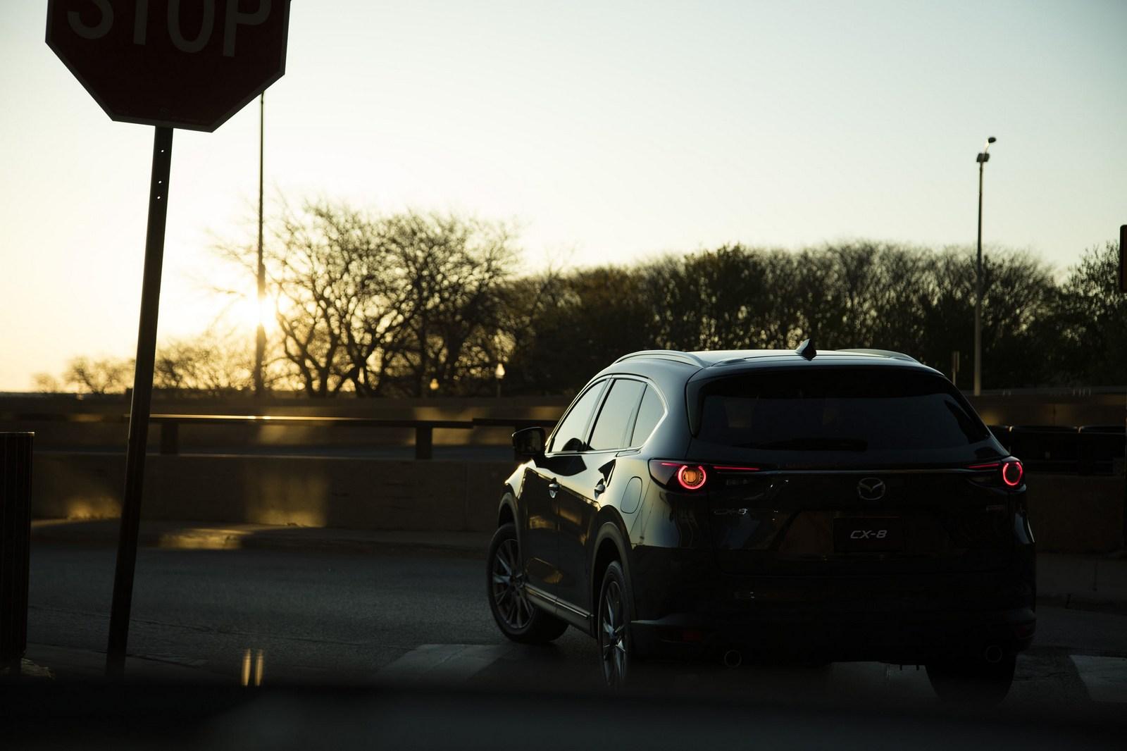 Mazda-CX-8-64