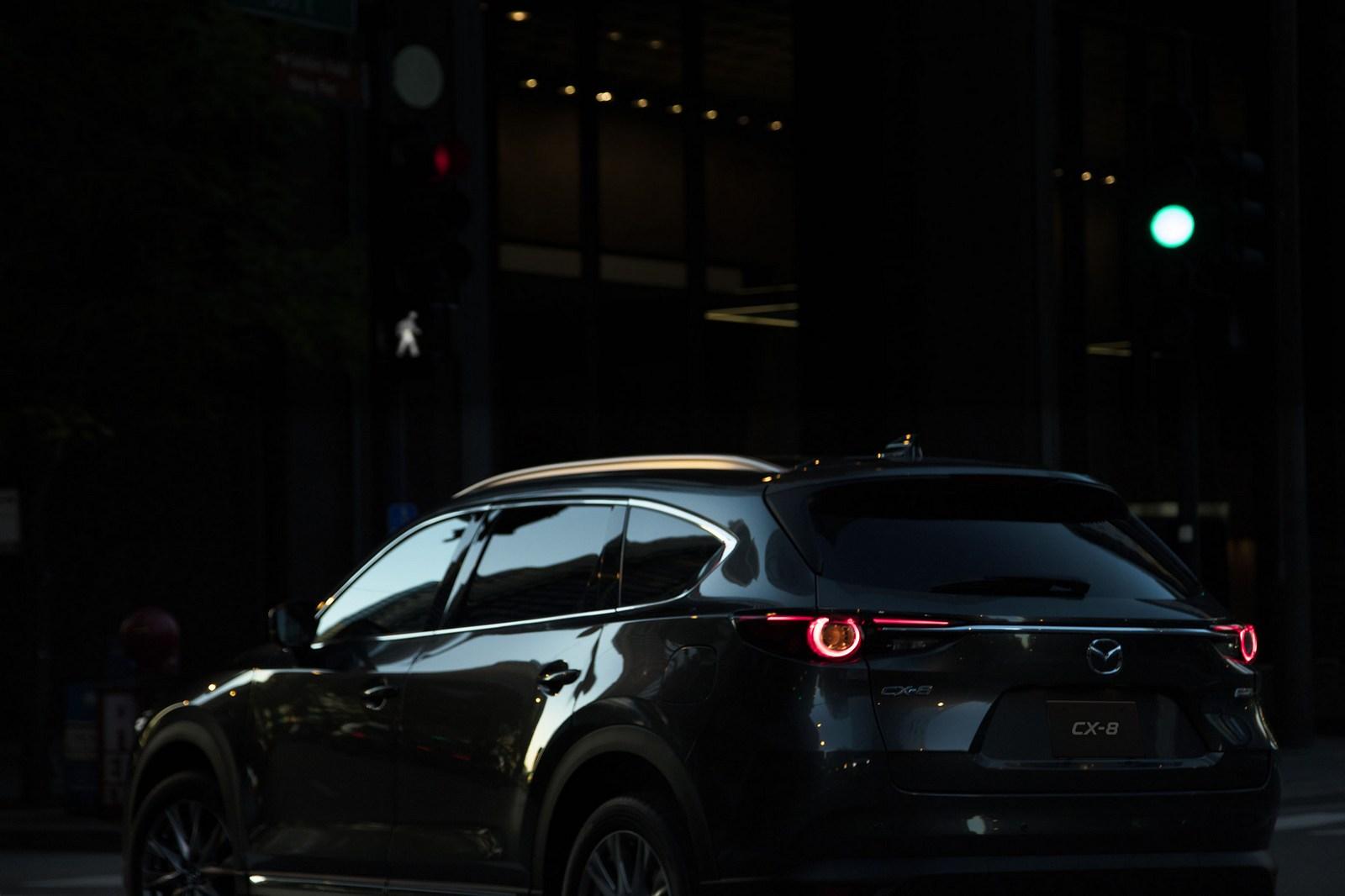 Mazda-CX-8-67