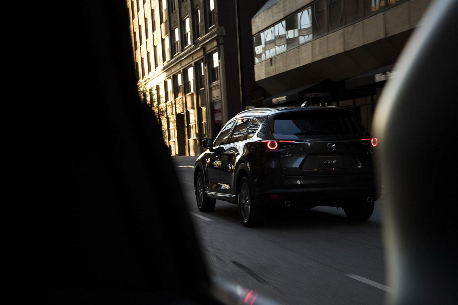 Mazda-CX-8-68