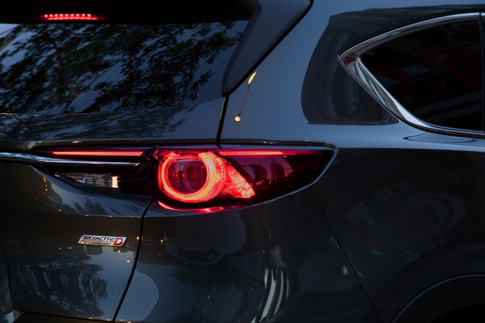 Mazda-CX-8-70