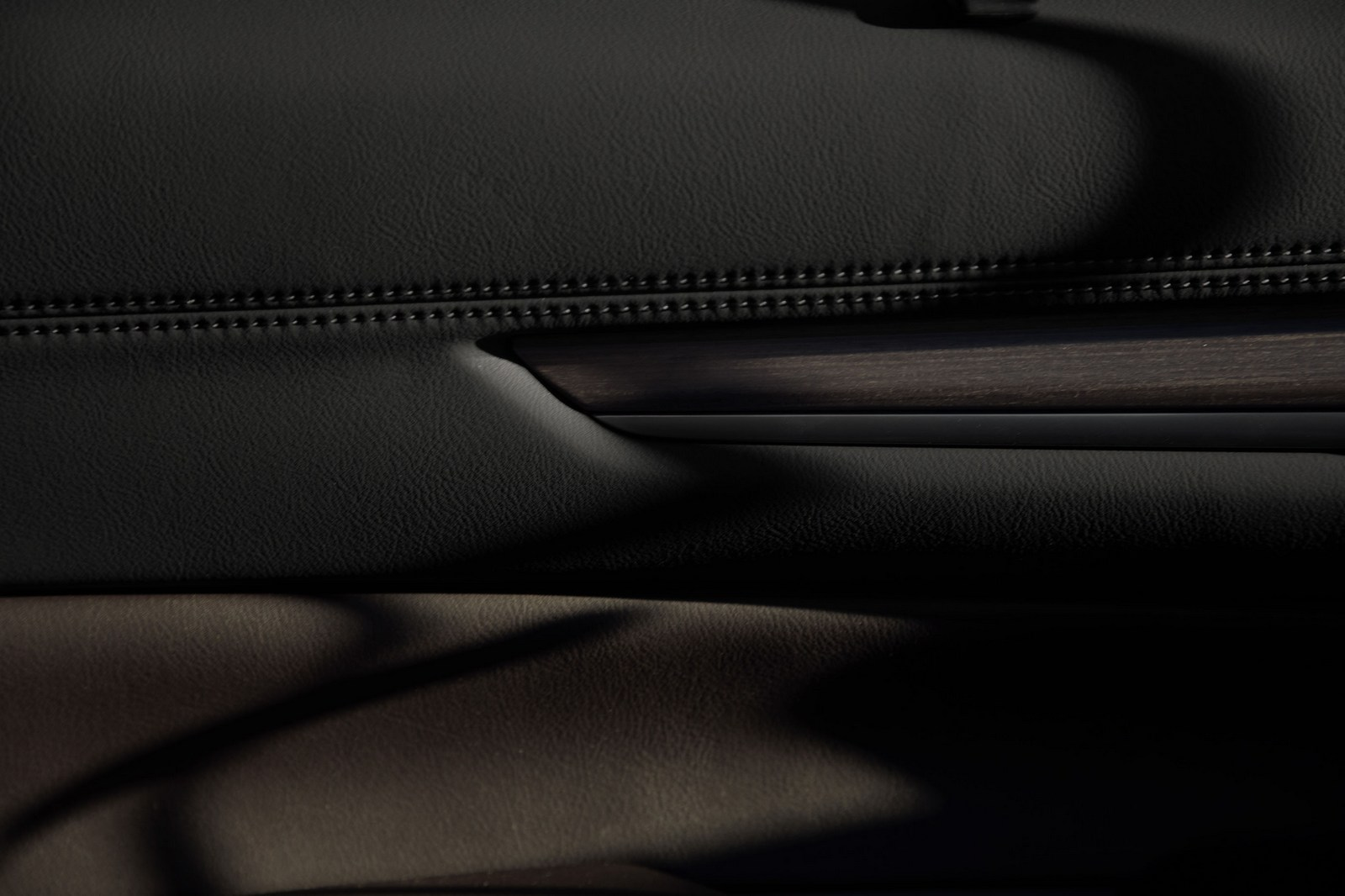 Mazda-CX-8-73