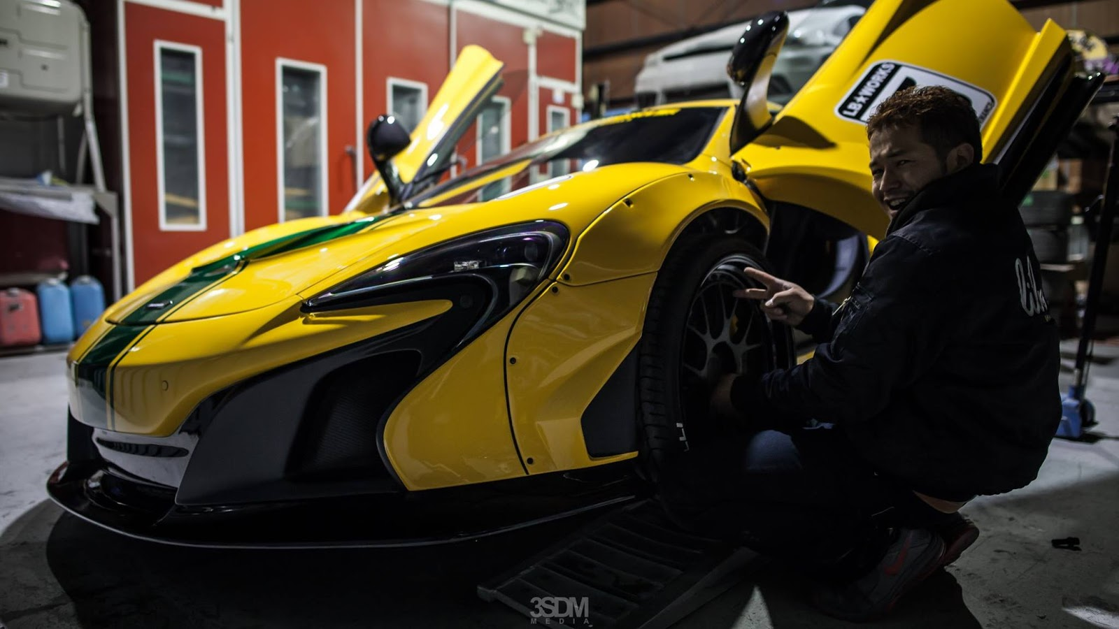 McLaren_650S_by_Liberty_Walk_02