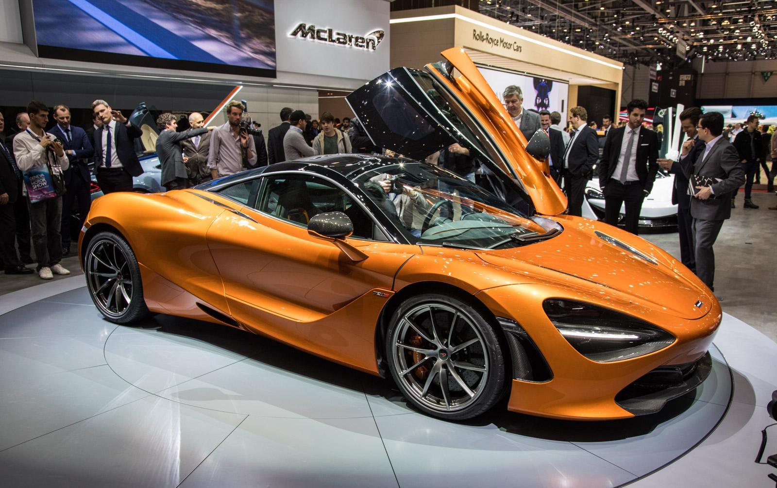 McLaren-720S-001
