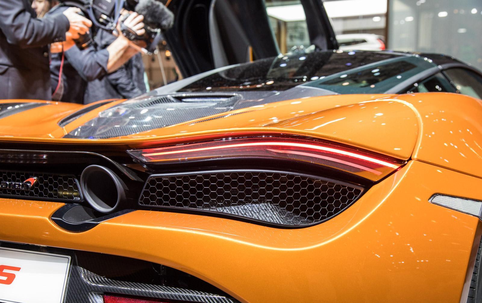 McLaren-720S-003