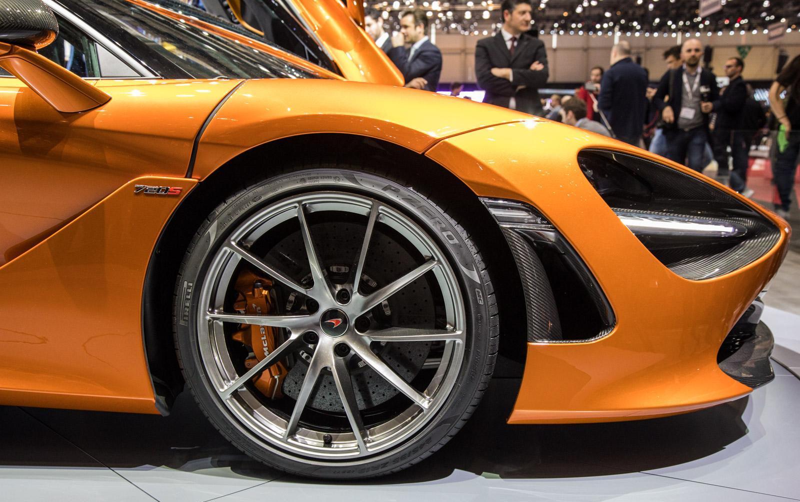 McLaren-720S-007
