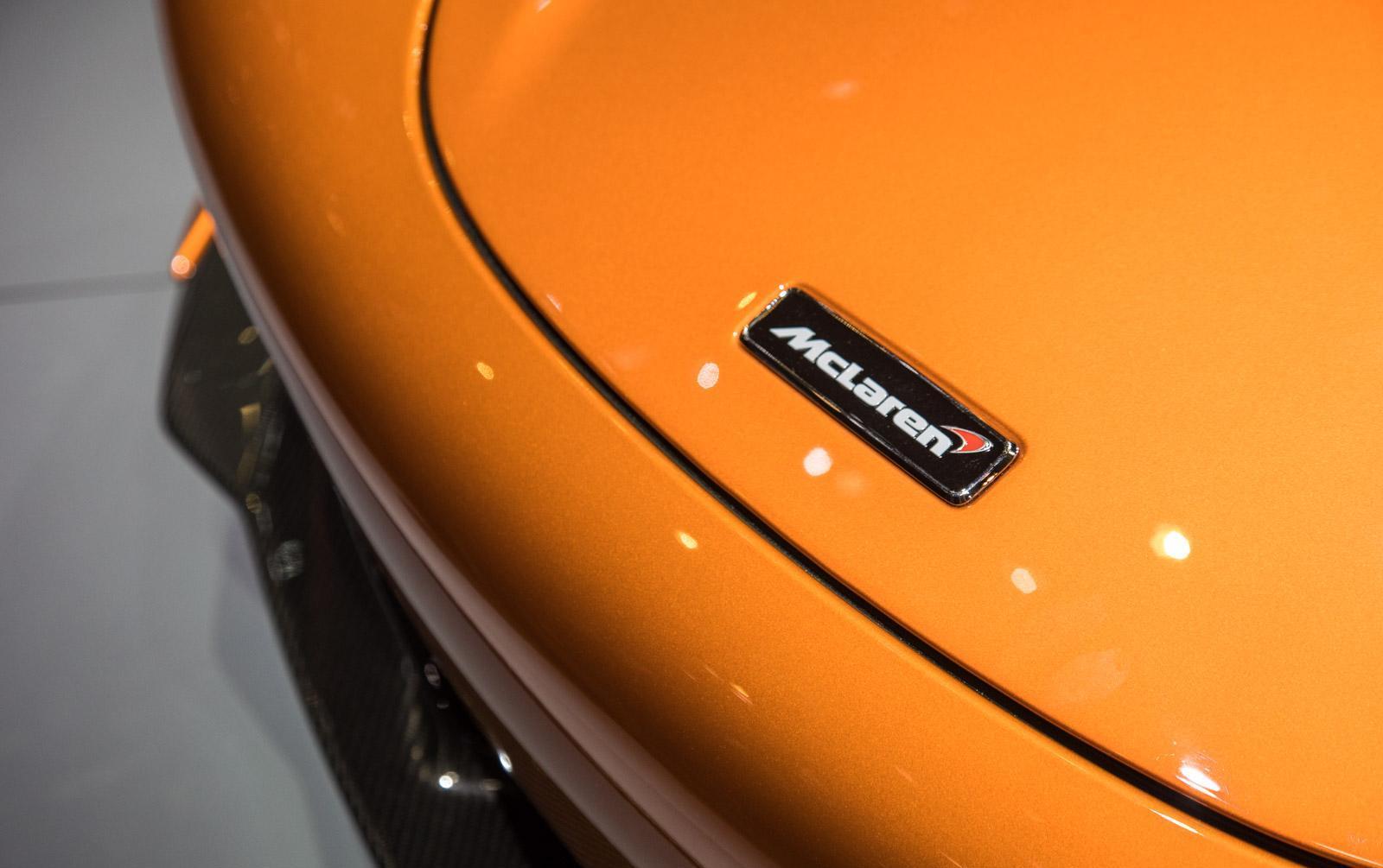 McLaren-720S-010
