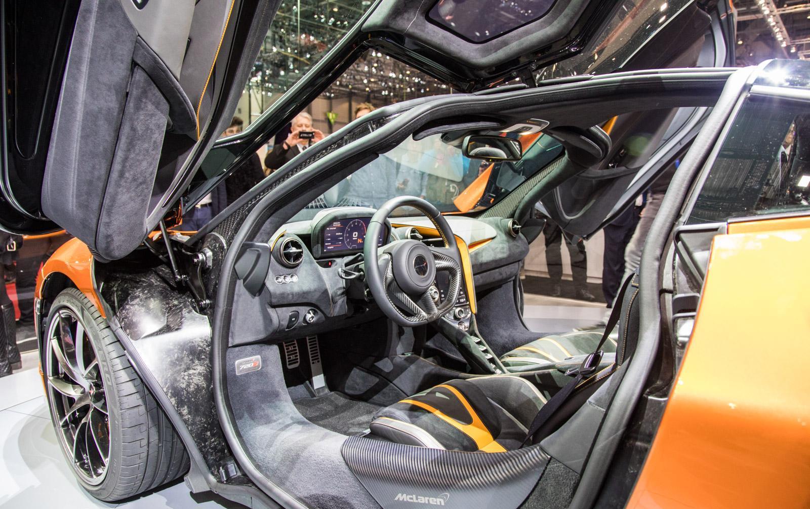 McLaren-720S-012