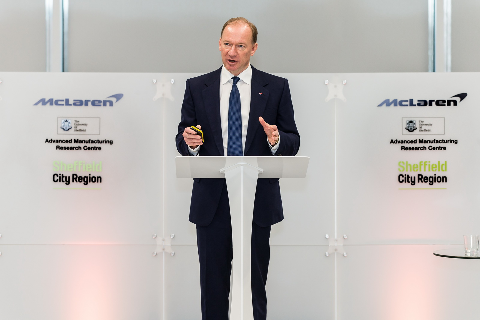McLaren Composites Technology Centre - Sheffield9th February 2017 2017World Copyright: PatrickGosling/ BeadyeyeRef:  170209-MCTC-PressConference-295.CR2