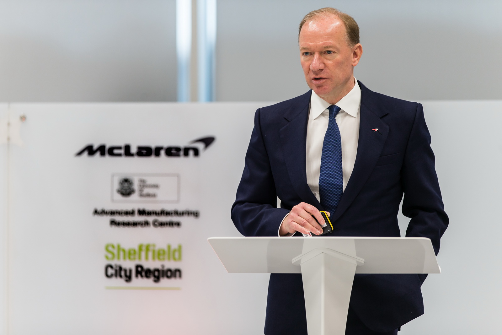 McLaren Composites Technology Centre - Sheffield9th February 2017 2017World Copyright: PatrickGosling/ BeadyeyeRef:  170209-MCTC-PressConference-327.CR2