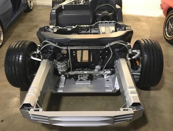 McLaren_12C_Rolling_Chassis_01