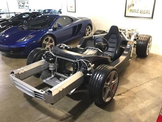 McLaren_12C_Rolling_Chassis_04